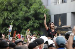 Thailandia, la rabbia dei giovani con la voglia di cambiare – di Pinuccia Parini